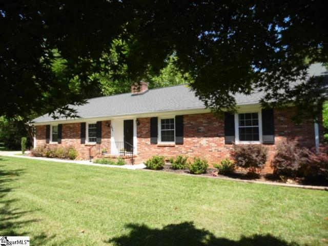 1617 E Saluda Lake Road, Greenville, SC 29611 (#1392287) :: The Haro Group of Keller Williams