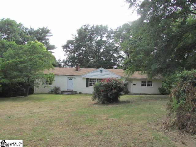 309 Southview Drive, Laurens, SC 29360 (#1394662) :: J. Michael Manley Team