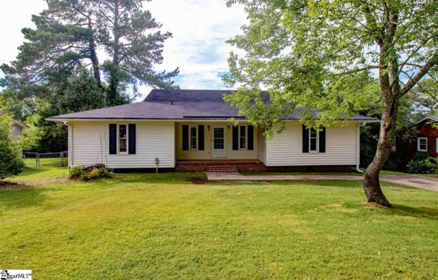7 Rawood Drive, Travelers Rest, SC 29690 (#1395568) :: Connie Rice and Partners