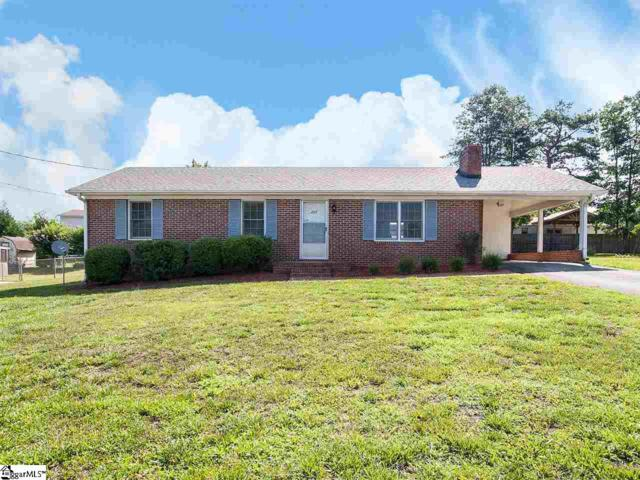 207 Evergreen Street, Easley, SC 29642 (#1396586) :: The Toates Team