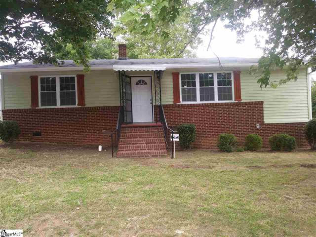 1024 N Franklin Road, Greenville, SC 29617 (#1396658) :: Coldwell Banker Caine