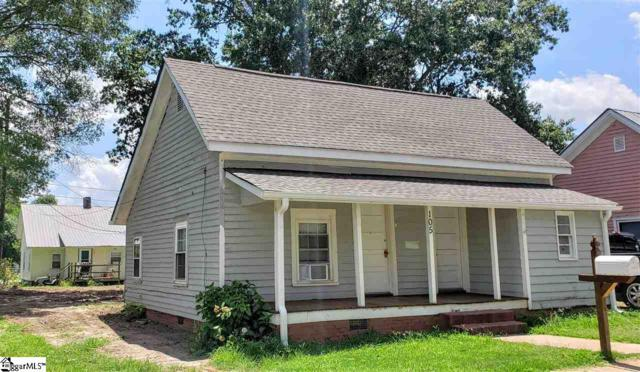 105 3rd Street, Fountain Inn, SC 29644 (#1397560) :: J. Michael Manley Team
