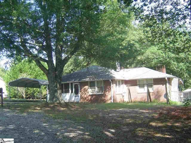 4450 Sandy Flat Road, Taylors, SC 29687 (#1402010) :: The Haro Group of Keller Williams