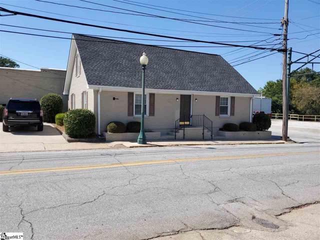 300 S Caroline Street, Laurens, SC 29360 (#1402801) :: Hamilton & Co. of Keller Williams Greenville Upstate