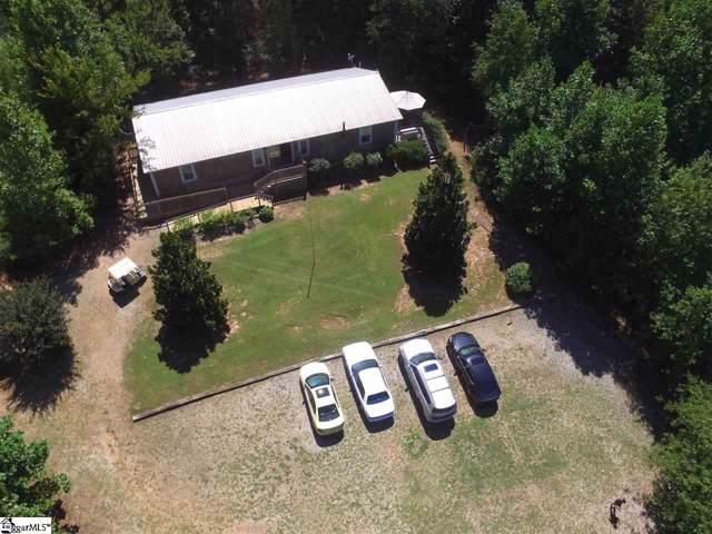 165 Raines Road, Mountain Rest, SC 29664 (#1403506) :: J. Michael Manley Team