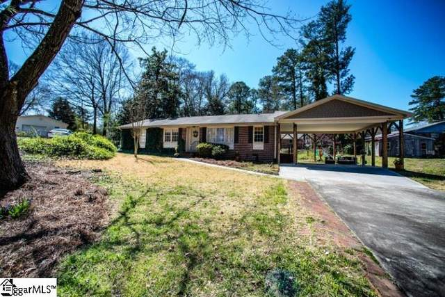 4 Welwyn Court, Greenville, SC 29615 (#1411433) :: Connie Rice and Partners