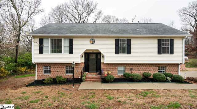 200 Holly Lane, Greer, SC 29651 (#1414323) :: The Toates Team