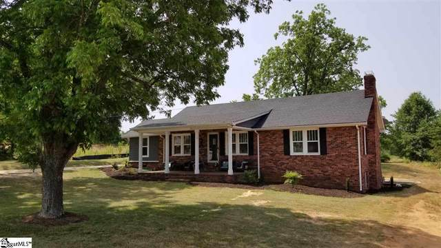 3021 Locust Hill Road, Taylors, SC 29687 (#1415904) :: Hamilton & Co. of Keller Williams Greenville Upstate