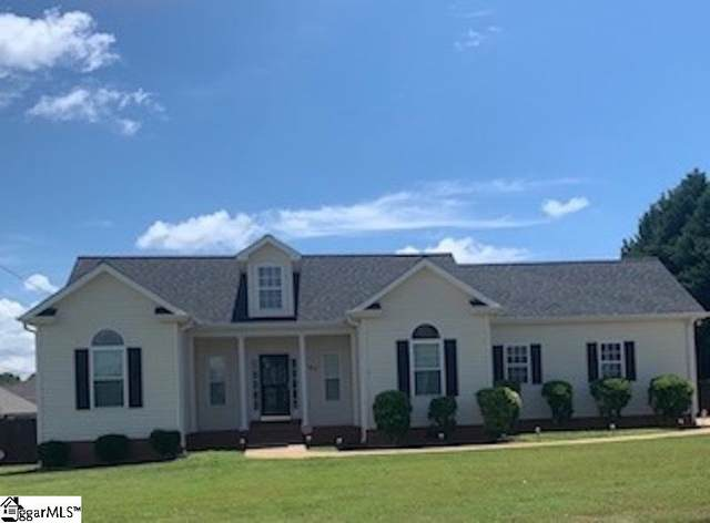 107 Holly Meadows Drive, Lyman, SC 29365 (#1421198) :: Parker Group