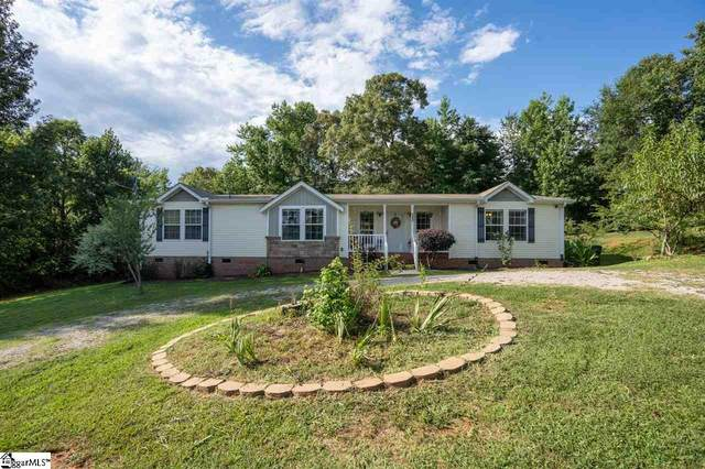 132 Woodcliff Drive, Wellford, SC 29385 (#1423732) :: J. Michael Manley Team