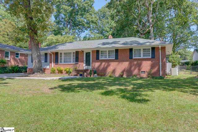 9 Forestwood Drive, Taylors, SC 29687 (#1425458) :: The Haro Group of Keller Williams