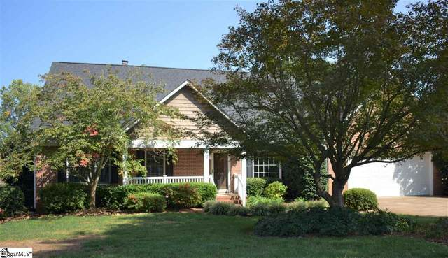 215 Woods Road, Greer, SC 29650 (#1428783) :: DeYoung & Company