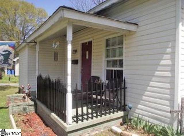 100 Lucky Street, Easley, SC 29640 (#1431398) :: Hamilton & Co. of Keller Williams Greenville Upstate