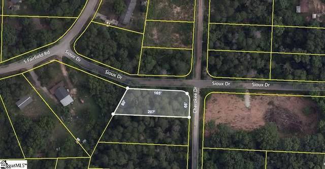 Sioux Drive, Greenville, SC 29625 (#1432666) :: J. Michael Manley Team
