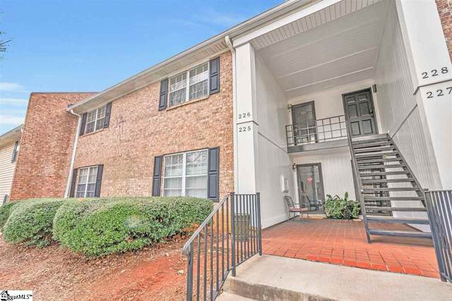 925 Cleveland Street Unit 226, Greenville, SC 29601 (#1436623) :: DeYoung & Company