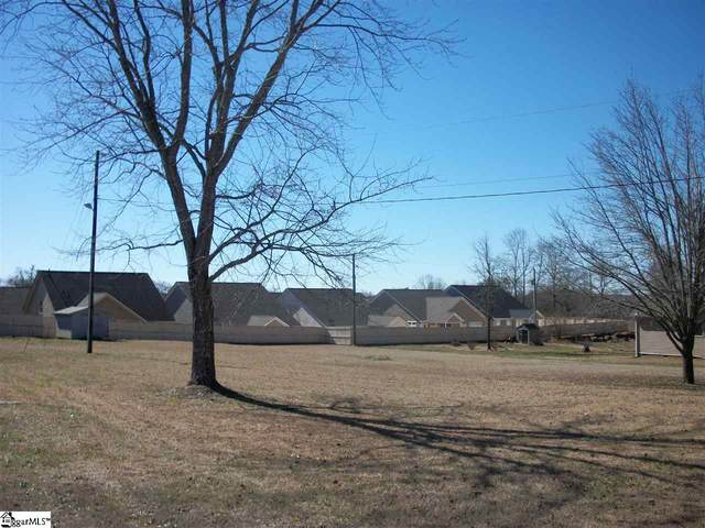 153 Rockcrest Drive, Taylors, SC 29687 (#1438615) :: J. Michael Manley Team