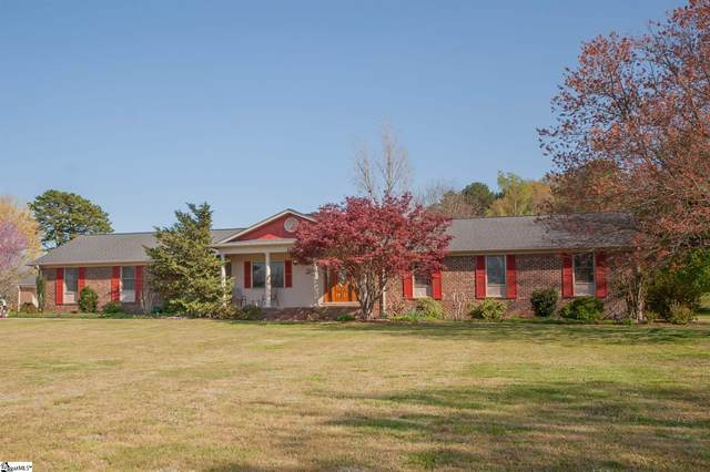 112 Country Lakes Road, Easley, SC 29642 (#1441214) :: DeYoung & Company