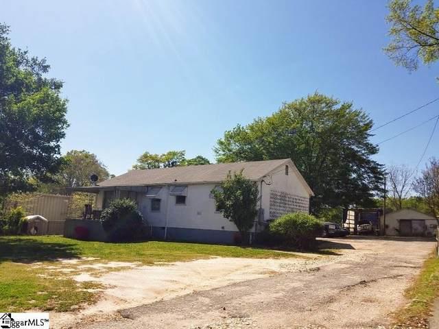 2226 W Blue Ridge Drive, Greenville, SC 29611 (#1441728) :: The Haro Group of Keller Williams
