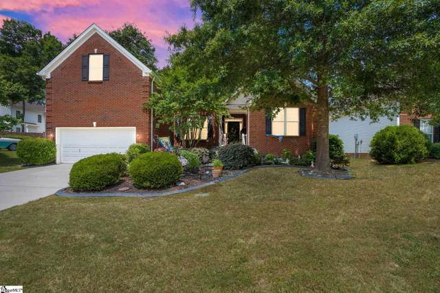 702 Kingsmoor Drive, Simpsonville, SC 29681 (#1445772) :: Coldwell Banker Caine