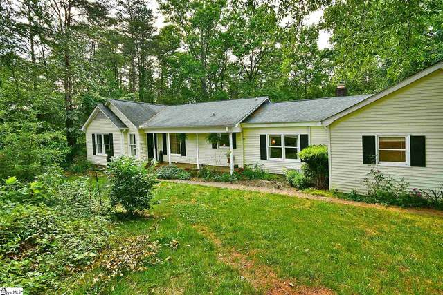 2 Mountain Vista Road, Taylors, SC 29687 (#1446256) :: Coldwell Banker Caine