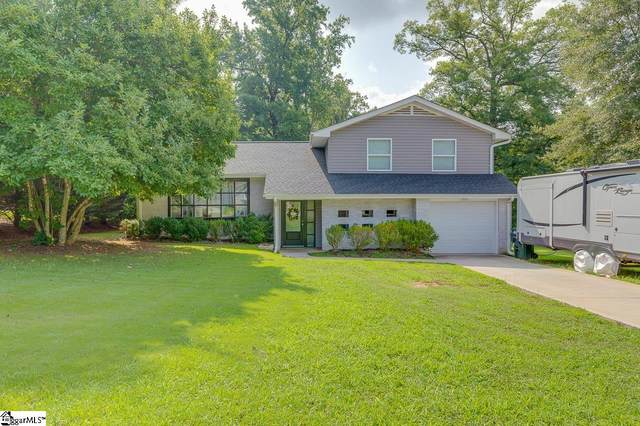 136 Clark Avenue, Greer, SC 29651 (#1450364) :: Coldwell Banker Caine