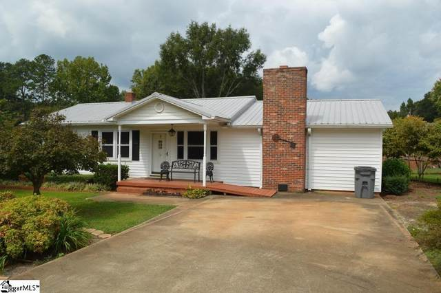 12 Oak Hill Drive, Greenville, SC 29617 (#1454759) :: Dabney & Partners