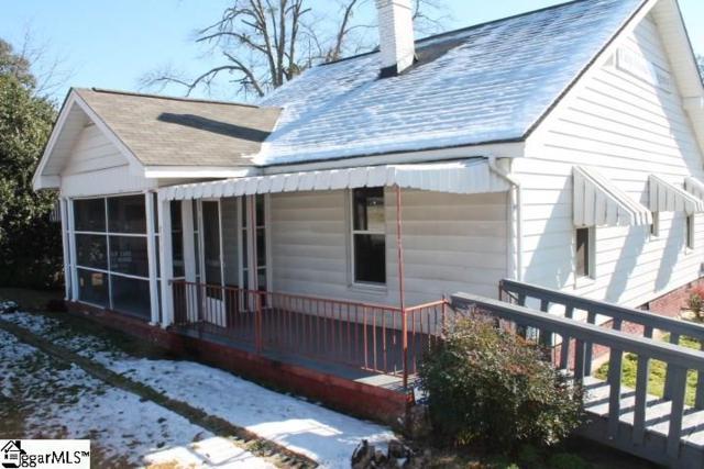 811 W Poinsett Street, Greer, SC 29650 (#1357653) :: The Toates Team