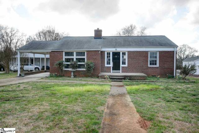 200 Chipley Lane, Greenville, SC 29605 (#1362184) :: The Toates Team