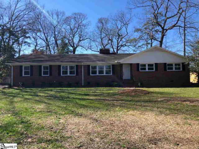 400 Rockmont Road, Greenville, SC 29615 (#1386839) :: J. Michael Manley Team