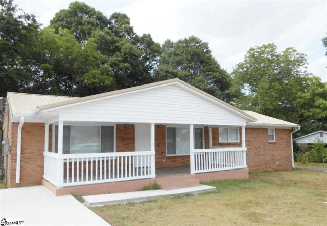 3 Cherrylane Drive, Greenville, SC 29617 (#1391657) :: J. Michael Manley Team