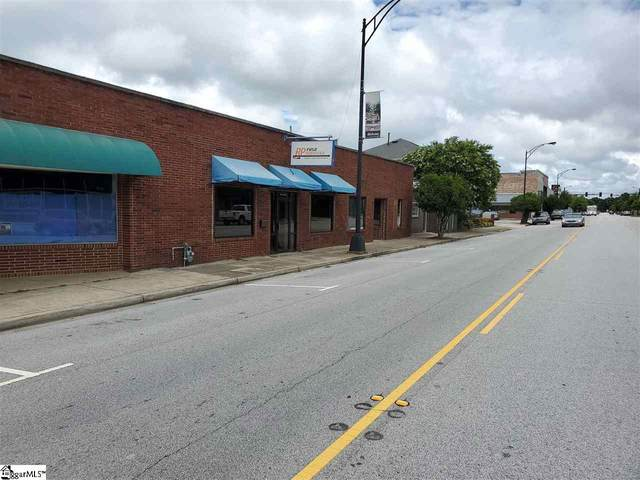 214 S Main Street, Fountain Inn, SC 29644 (#1422728) :: J. Michael Manley Team