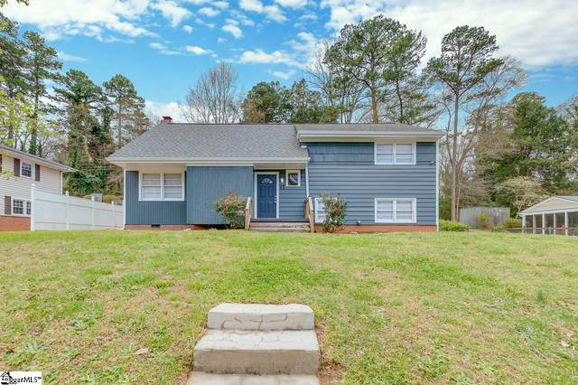 13 Piney Woods Lane, Greenville, SC 29605 (#1440355) :: DeYoung & Company