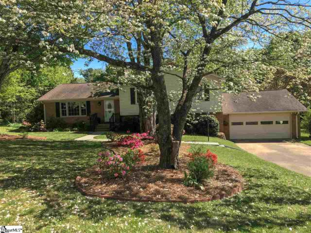 3 New Castle Way, Greenville, SC 29615 (#1384206) :: The Toates Team