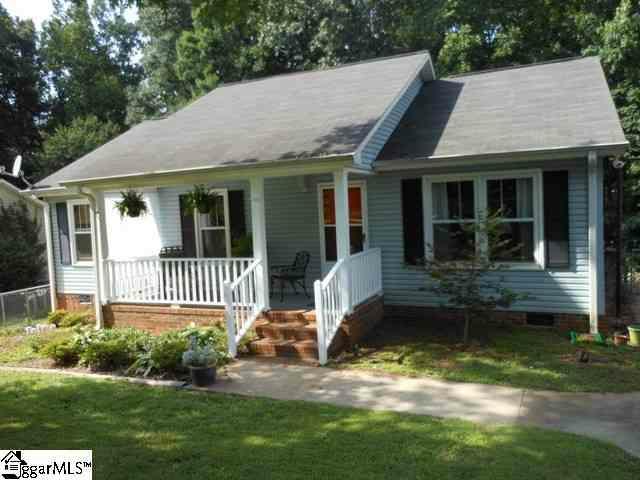 211 Pinonwood Drive, Simpsonville, SC 29680 (#1242914) :: Hamilton & Co. of Keller Williams Greenville Upstate