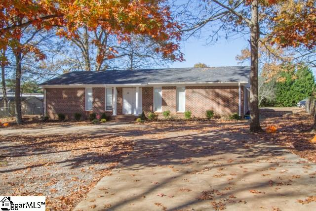 113 Siloam Road, Easley, SC 29642 (#1312092) :: The Haro Group of Keller Williams
