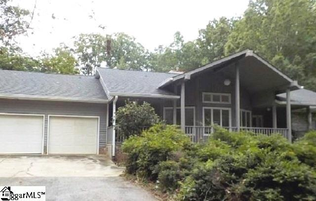 4015 State Park Road, Greenville, SC 29609 (#1352806) :: The Haro Group of Keller Williams