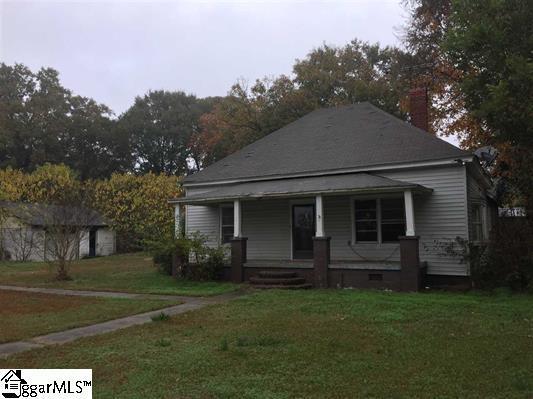 933 Main Street, Wellford, SC 29385 (#1356583) :: Hamilton & Co. of Keller Williams Greenville Upstate