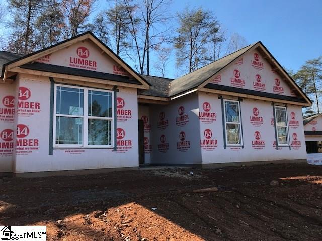 26 Lodge Way, Travelers Rest, SC 29690 (#1357558) :: The Toates Team