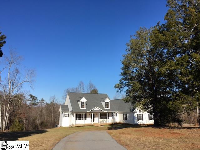 108 Mccarrell Road, Travelers Rest, SC 29690 (#1359134) :: The Toates Team