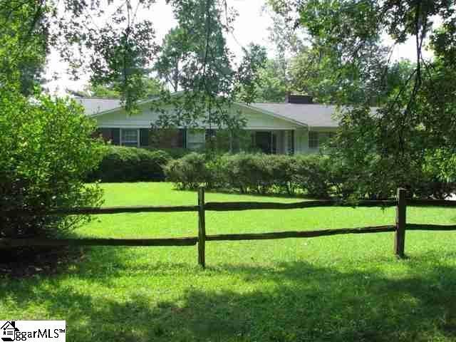 133 East Parkins Mill Road, Greenville, SC 29607 (#1364025) :: J. Michael Manley Team