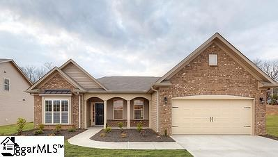 2 Common Oaks Court, Simpsonville, SC 28681 (#1364055) :: The Toates Team