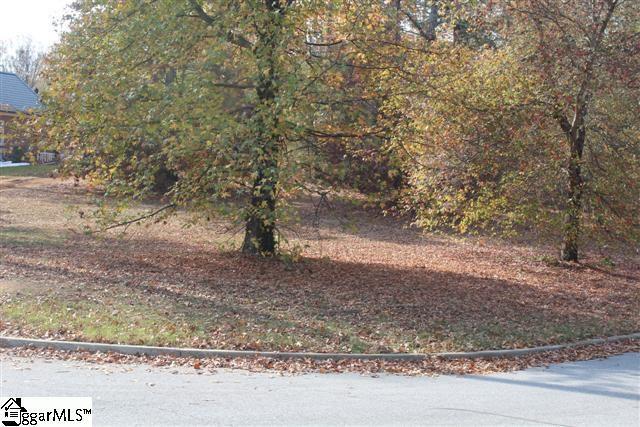 201 Abbott Trail, Greenville, SC 29605 (#1365336) :: The Haro Group of Keller Williams