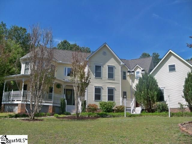 2 Cherry Field Court, Greer, SC 29651 (#1366796) :: Coldwell Banker Caine