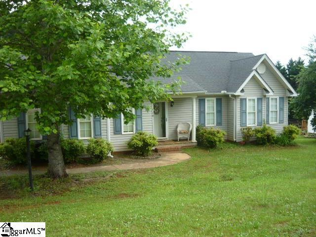 110 Dace Drive, Pickens, SC 29671 (#1369064) :: The Toates Team