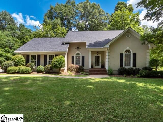 707 Calvert Avenue, Clinton, SC 29325 (#1371484) :: The Toates Team