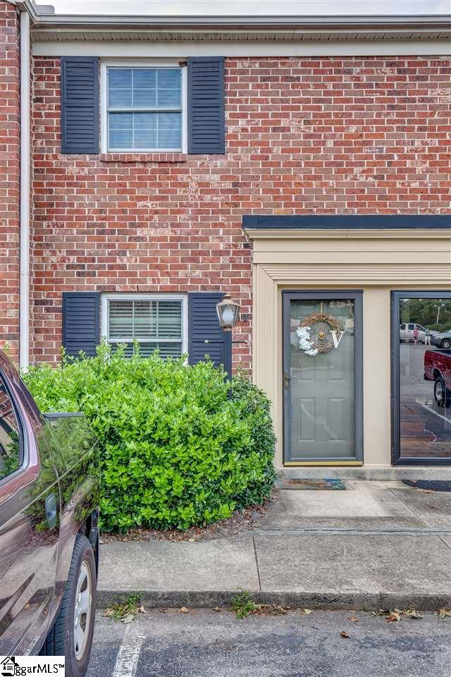 2530 E North Street 13C, Greenville, SC 29615 (#1377916) :: Coldwell Banker Caine