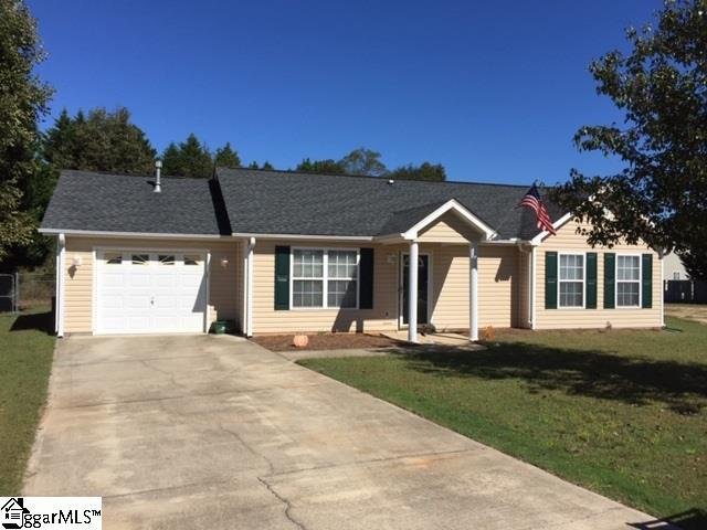 1924 Country Apple Court, Fountain Inn, SC 29644 (#1378583) :: The Toates Team