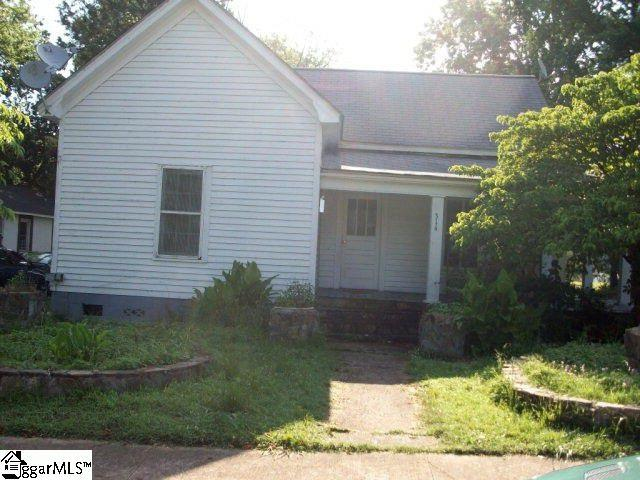 314 Providence Road, Gaffney, SC 29341 (#1380818) :: The Haro Group of Keller Williams