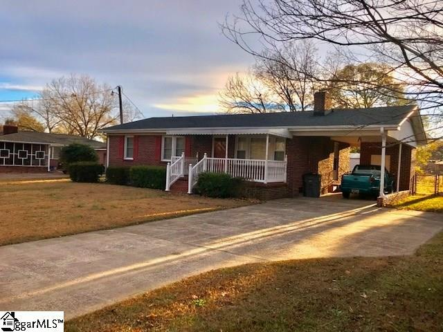 204 Rangeview Circle, Greenville, SC 29617 (#1381319) :: The Toates Team