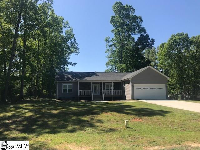 91 Wisteria Avenue, Clinton, SC 29325 (#1383792) :: The Robby Brady Team